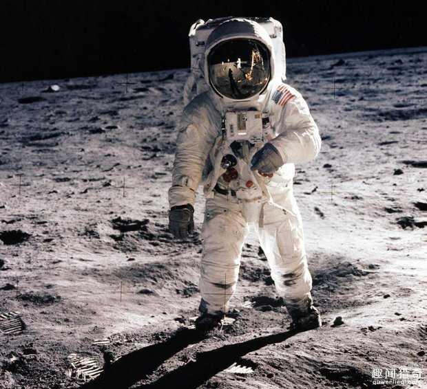 电影监制透露美国首次登月是假的,他说未经编辑录像是铁证!80 / 作者:UFO来啦 / 帖子ID:64972