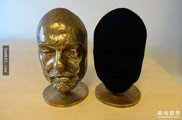 全世界最黑的物质:吸光率高达百分之99%90 / 作者:UFO来啦 / 帖子ID:66404