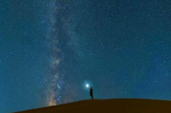 星星为什么会眨眼睛:大气温度变化导致(光透过程度不同)53 / 作者:UFO爱好者 / 帖子ID:67780