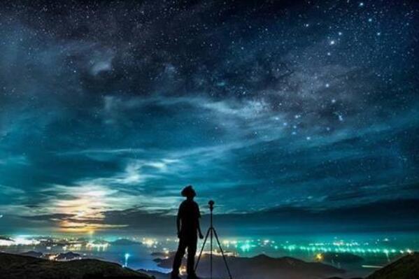 星星为什么会眨眼睛:大气温度变化导致(光透过程度不同)62 / 作者:UFO爱好者 / 帖子ID:67780